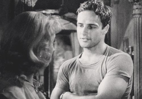 Marlon Brando en T-shirts manches courtes