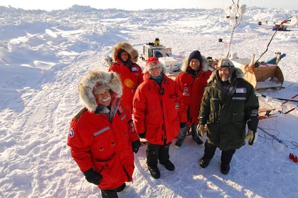 Les parkas Canada Goose protègent du froid