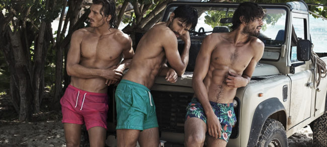 Des shorts de bain pour homme (unis et motifs)