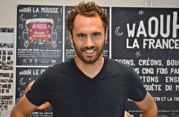 T-shirt col V noir homme - GoudronBlanc