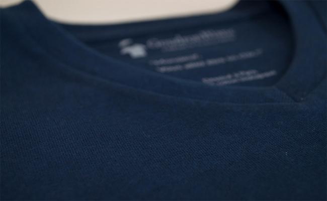 Du coton bio utilisé pour fabriquer un T-shirt GoudronBlanc