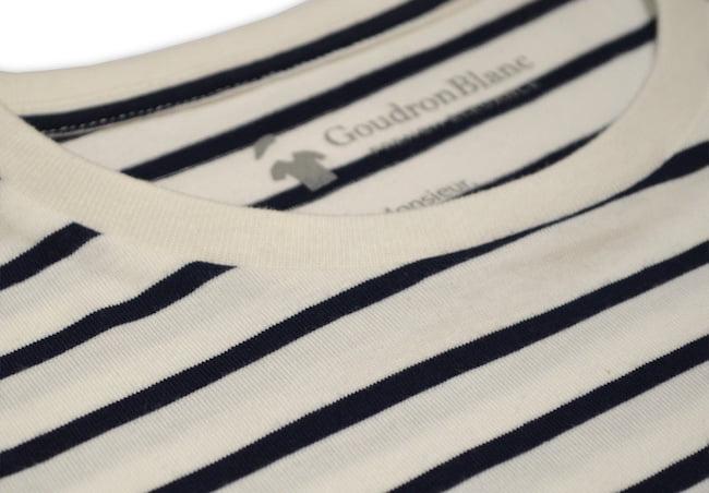 Exemple de bord côte d'un T-shirt au style marin de GoudronBlanc