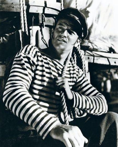 John Wayne vêtu d'une marinière
