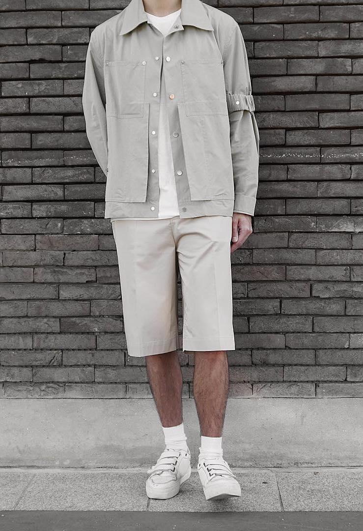 Short ample pour homme