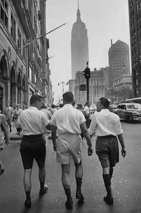 Le short pour homme était déjà populaire dans les années 50 aux États-Unis