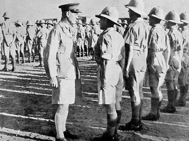 Le short était porté dès le XIXème siècle comme uniforme