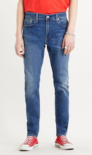 La coupe tapered du jean homme