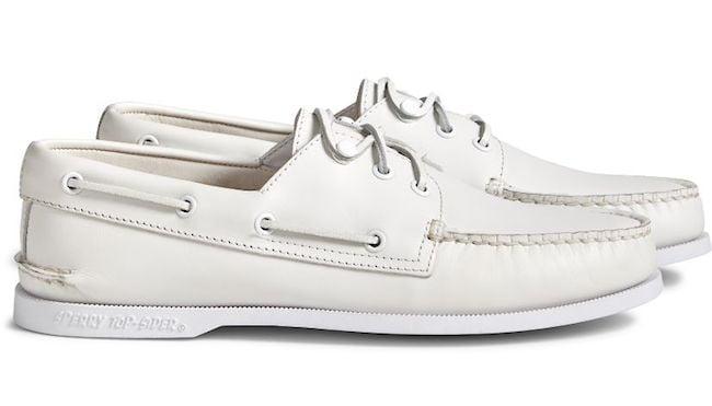 Chaussures bateau blanches de la marque Sperry