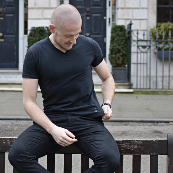 T-shirt noir pour homme
