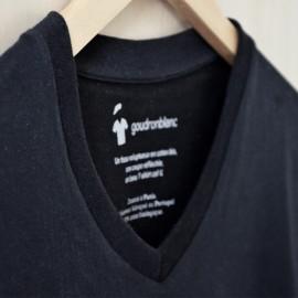 Col V - T-shirt noir col V pour homme