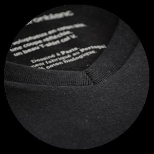 T-shirt col V noir pour homme