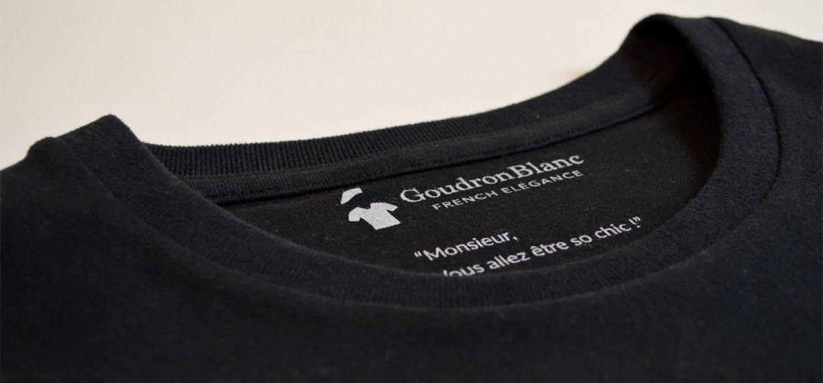 Col rond - T-shirt noir carbone GoudronBlanc